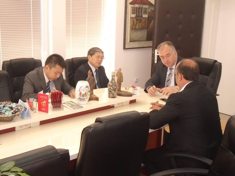 Неговата екселенција Амбасадорот на Народна Република Кина – Вен Женшун ја посети Крива Паланка