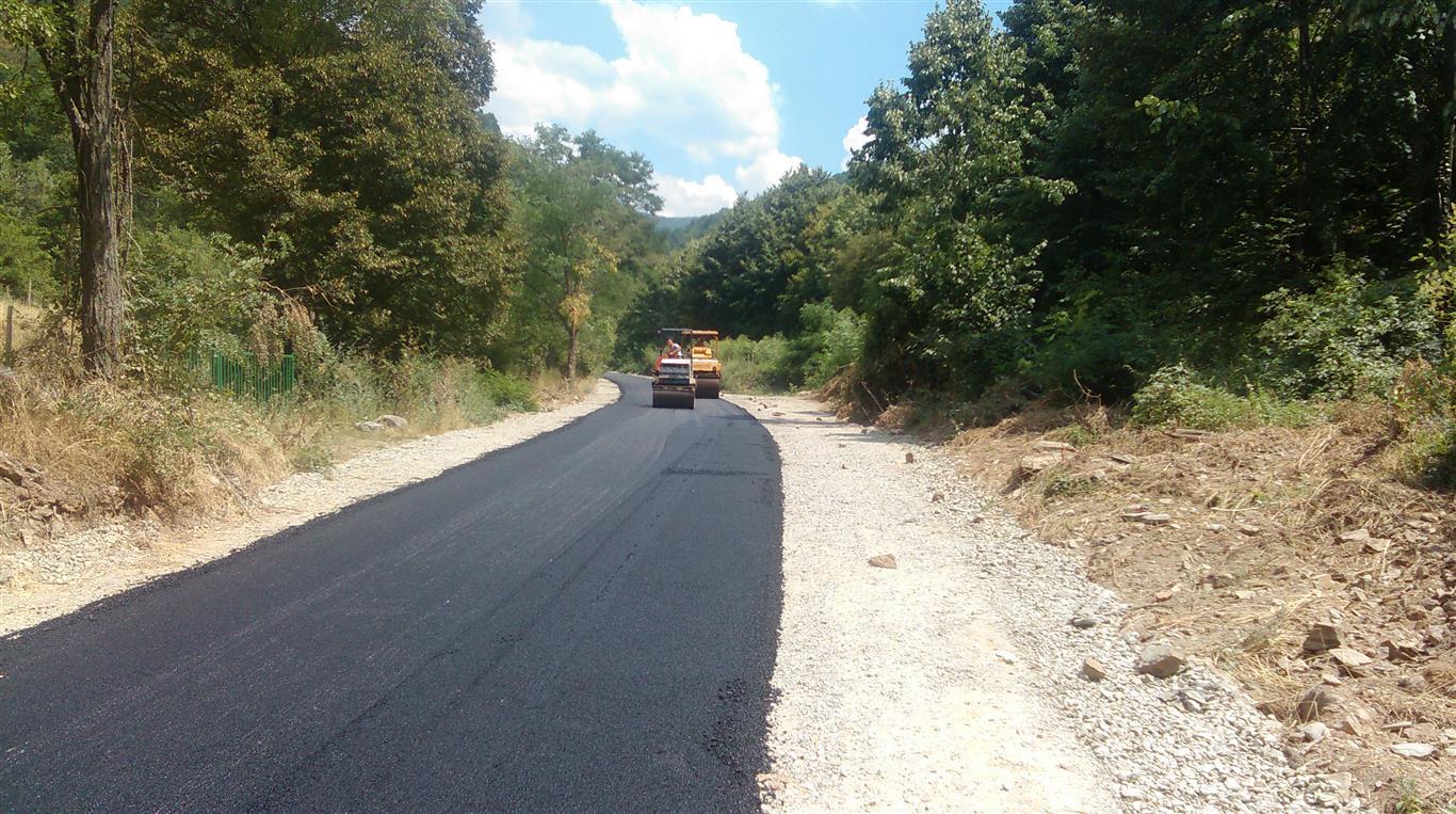 Завршни градежни активности околу изградба на локалниот пат Варовиште -Манастир Свети Јоаким Осоговски