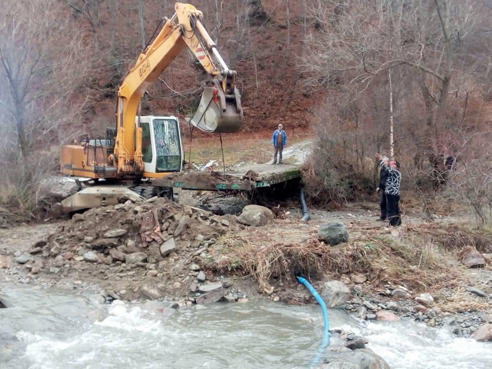Санирање на штетите во поплавените подрачја во Крива Паланка