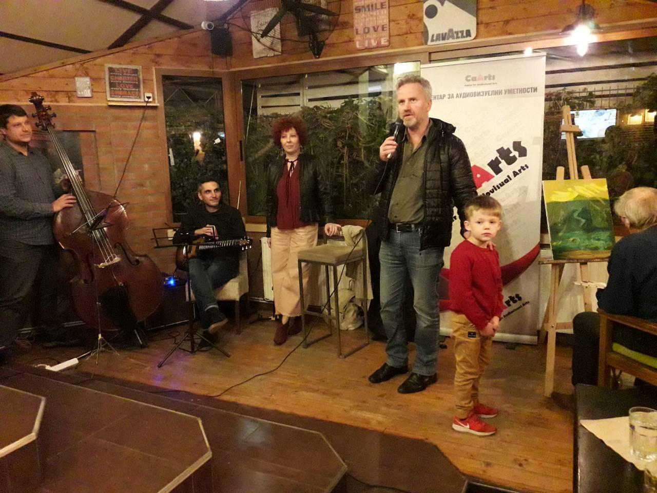 """Во Крива Паланка се одржа уметничкиот перформанс насловен """"Сите бои на џезот"""""""
