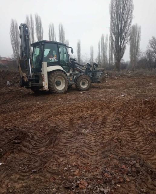 Расчистување на депонијата кај Пелагониска база
