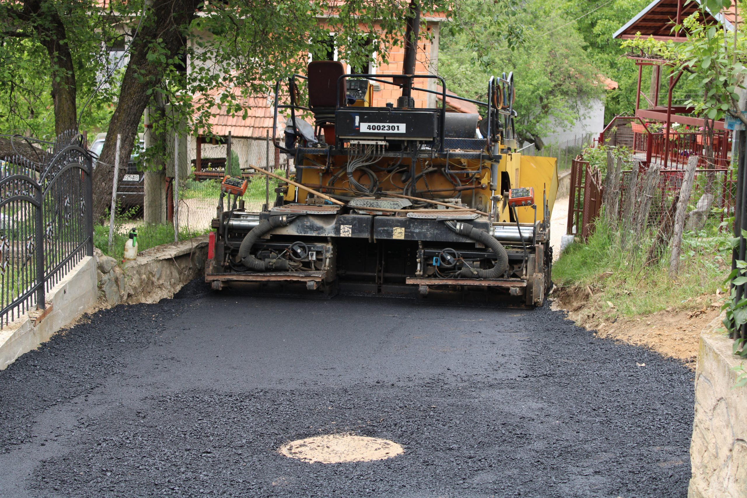 """Улицата """"Јоаким Крчовски"""" во населба Белево со нов асфалт"""